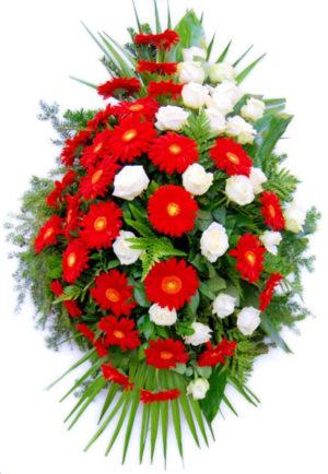 S venac crveni gerberi, bele ruže